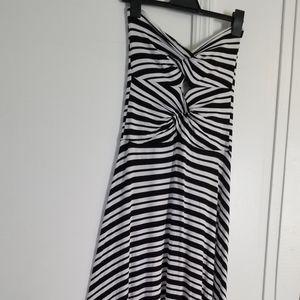 Felicity & CoCo Sleeveless Striped Maxi Dress